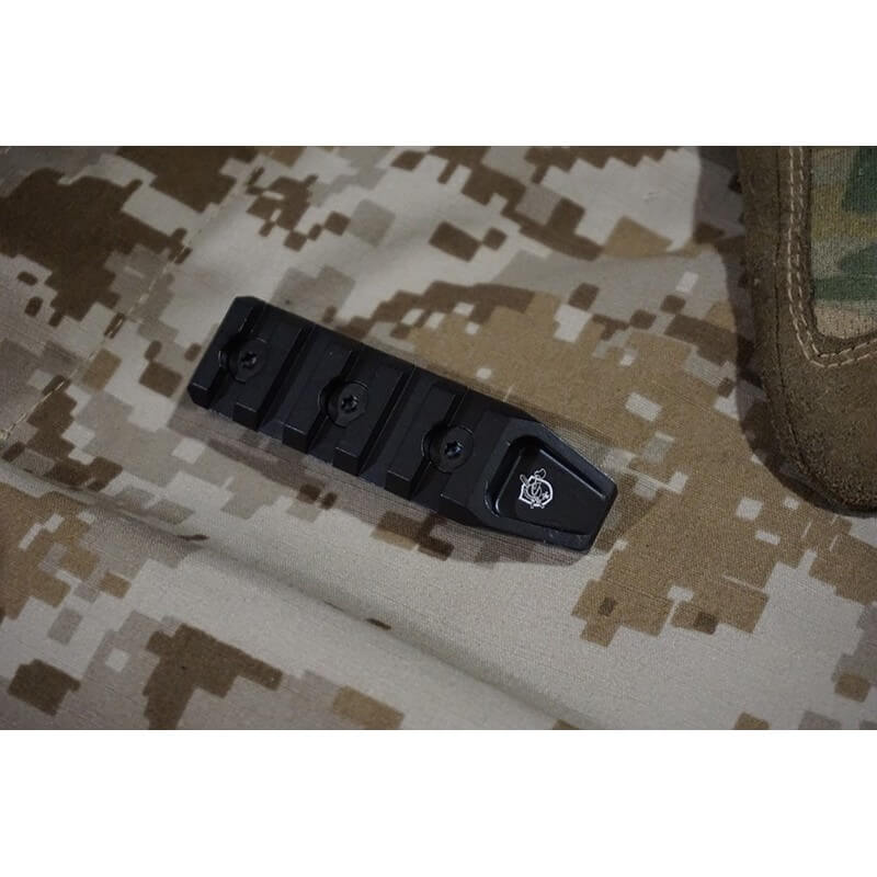 Iron Airsoft 5 Slot Rail Section for Keymod