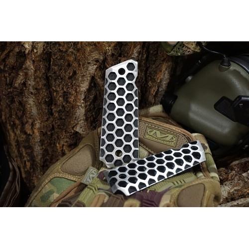 5KU M1911 Apocalypse Hive Style Lightweight Aluminum Grips