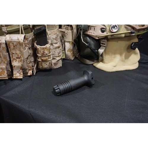 Element Polymer Knight Forward Vertical Grip