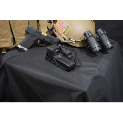 Element Eolad Device Illuminator with 552 Holographic Sight