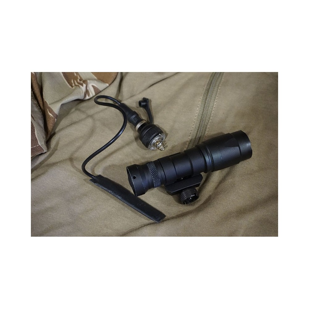 Element Tactical Airsoft M300A Mini Scout Flashlight 200 Lumen Multifunction LED